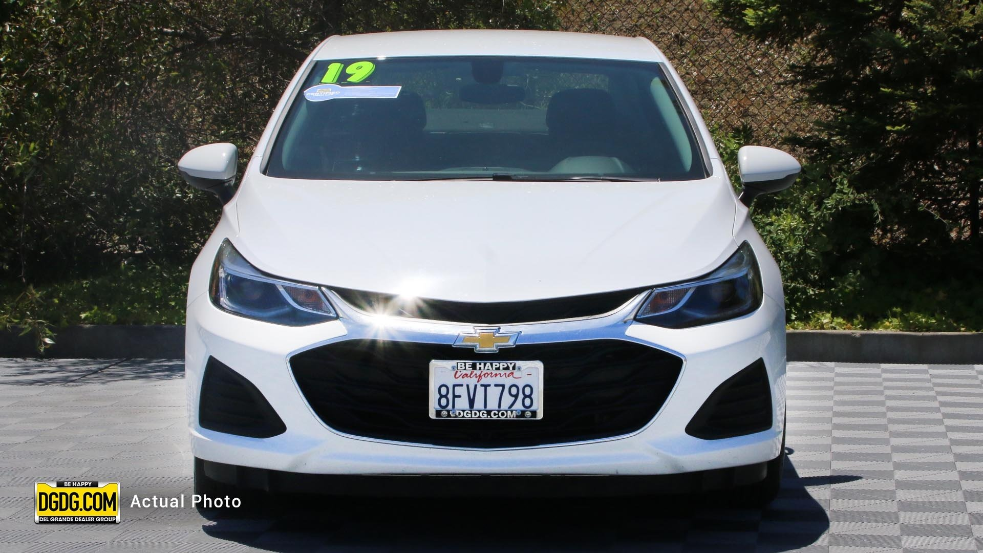 Pre-Owned 2019 Chevrolet Cruze LT