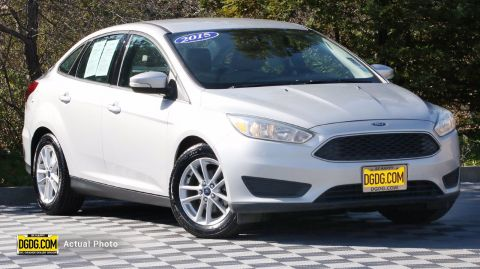 2015 Ford Focus SE FWD 4dr Car